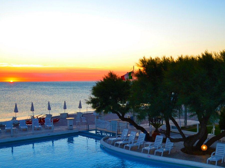 Family Beach Resort Il Girasole